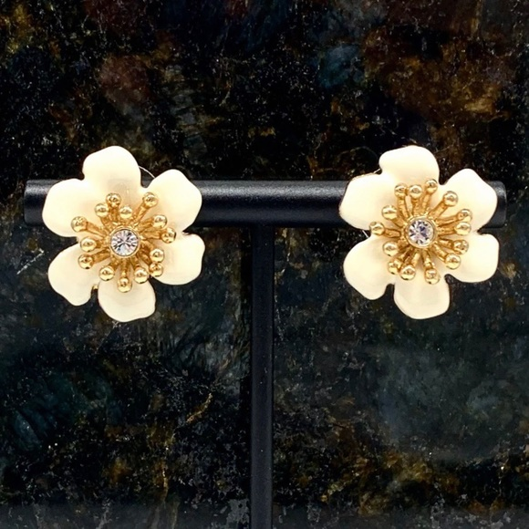 Kate Spade Gold Tone Ivory Hibiscus Flower Earring